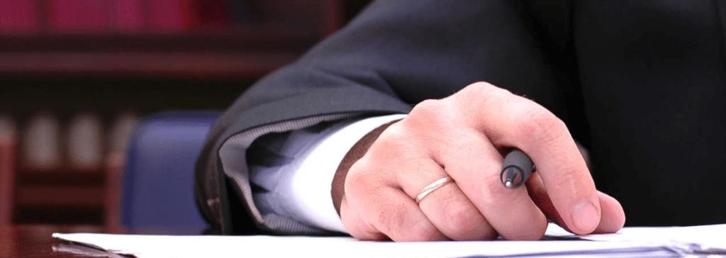 Anwalt Firmengründung Vertragsschliessumg